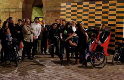 Fundación Step By Step En La IV NIT DEL MOTOR